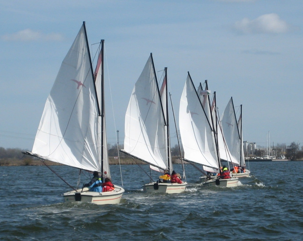 Polyvalken Bootverhuur Friesland | Enjoying on the water